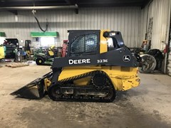 Skid Steer-Track For Sale 2015 John Deere 323E
