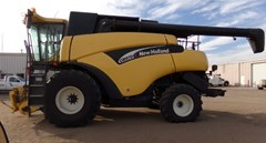 Combine For Sale 2005 New Holland CR970