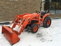 Tractor For Sale 2013 Kubota L3800HST , 38 HP