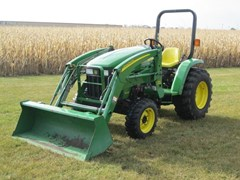 Tractor - Compact Utility For Sale 2006 John Deere 3203 , 32 HP
