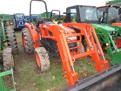Tractor - Compact Utility For Sale 2012 Kioti DK40SE , 41 HP