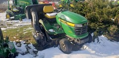 Riding Mower For Sale:  2012 John Deere X320 , 22 HP