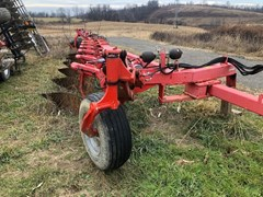 Plow-Moldboard For Sale Kuhn VARI-LANDER