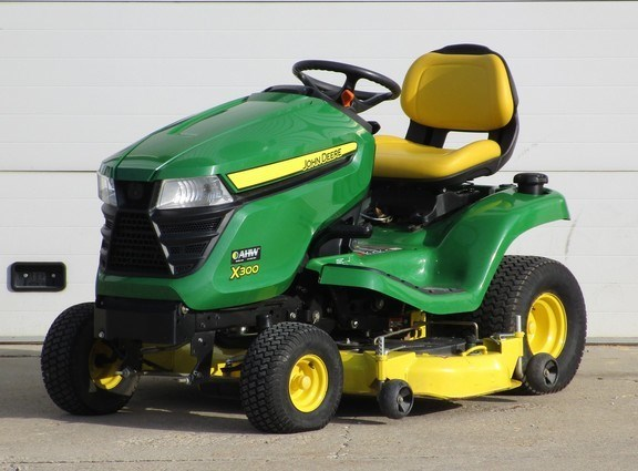 2014 John Deere X300 Riding Mower For Sale