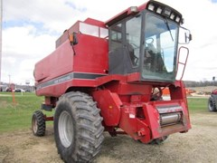 Combine For Sale 1989 Case IH 1640 , 160 HP