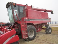 Combine For Sale 1991 Case IH 1640 , 160 HP