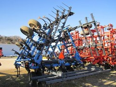 Field Cultivator For Sale 2004 DMI TIGERMATE II--25.5'