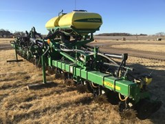 Planter For Sale 2010 John Deere 1720 CCS