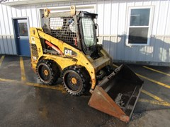Skid Steer For Sale:  2001 Caterpillar 226