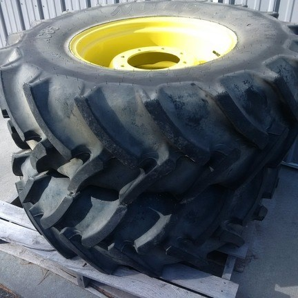John Deere 380 85 R24 Attachments For Sale
