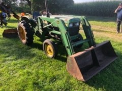 Tractor - Compact Utility For Sale 1981 John Deere 850 , 22 HP