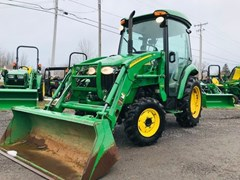 Tractor - Compact Utility For Sale 2010 John Deere 3520 , 37 HP