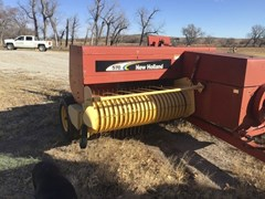 Baler-Square For Sale 2007 New Holland 570