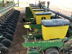 Planter For Sale 2005 John Deere 1700