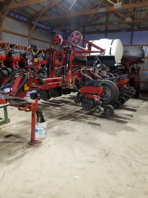 Planter For Sale:  2014 Case IH 1255