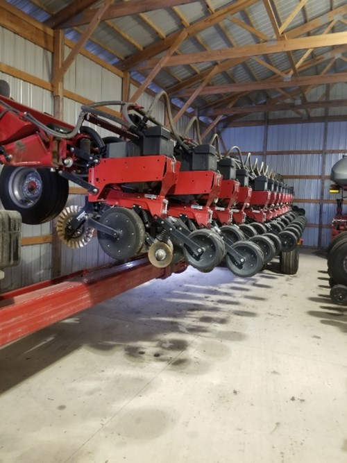 Planter For Sale:  2013 Case IH 1245