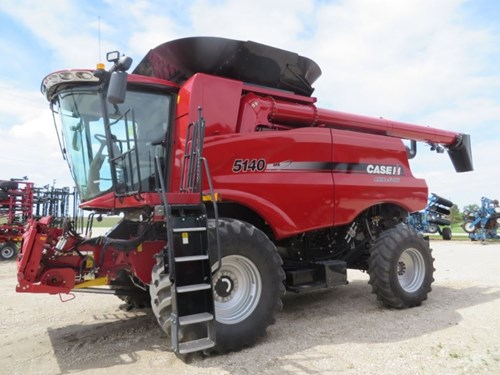 Combine For Sale:  2017 Case IH 5140