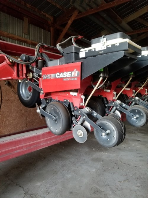 Planter For Sale:  2012 Case IH 1240