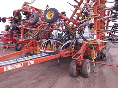 Air Drill For Sale 2002 Bourgault 5710 + 4350