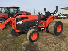 Tractor For Sale 2011 Kubota L4740HST , 49 HP