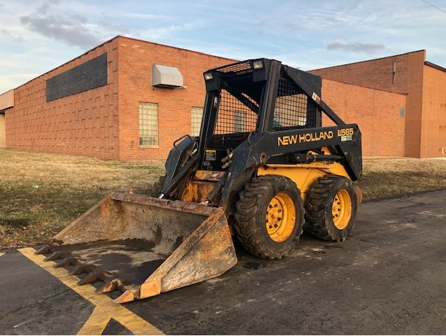 1994 New Holland LX 565 Skid Steer For Sale