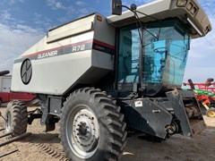 Combine For Sale 2000 Gleaner R72