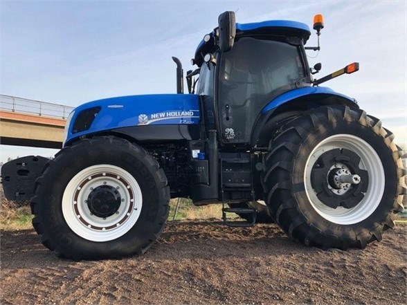 2013 New Holland T7.27 Tractor For Sale
