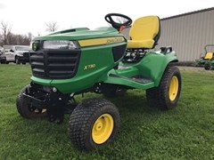 Lawn Mower For Sale 2013 John Deere X730 , 25 HP