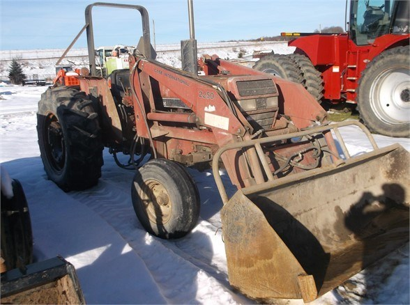 1990 Case IH 595 Tractor For Sale
