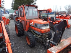 Tractor - Compact For Sale Kubota L2900 , 29 HP