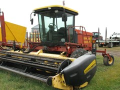 Windrower-Self Propelled For Sale 2002 New Holland HW320