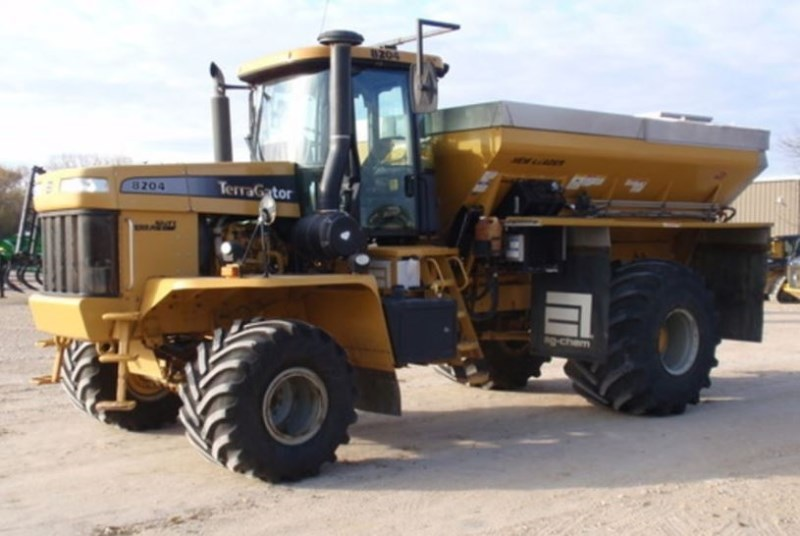 2010 Ag Chem 8204 Floater/High Clearance Spreader For Sale