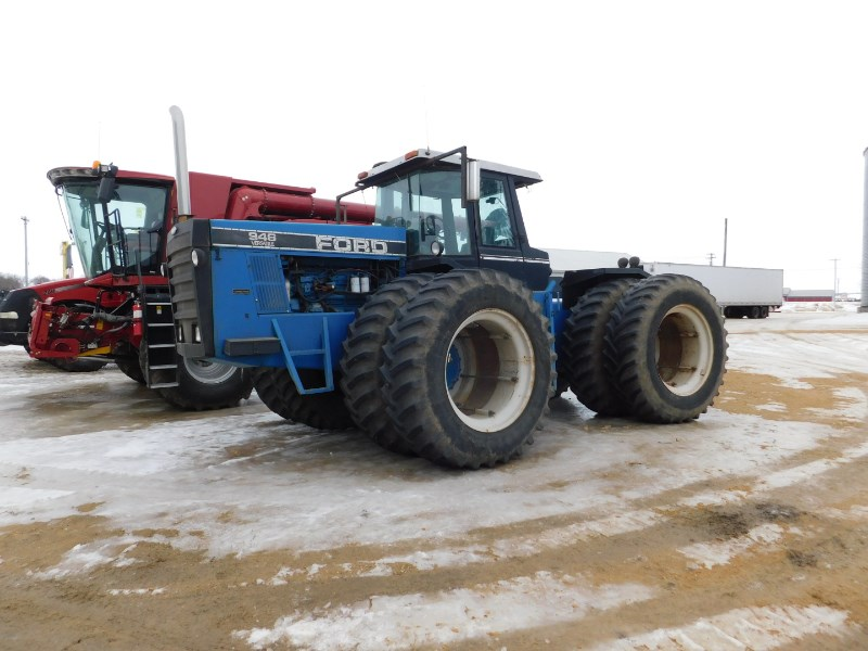 1990 Ford New Holland 946 Tractor For Sale