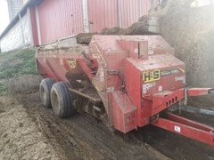 Manure Spreader-Dry/Pull Type For Sale 2015 H & S TS5120