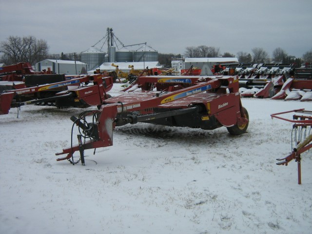 2009 New Holland H7230 Mower Conditioner For Sale