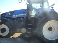 Tractor For Sale 2012 New Holland T8.300 , 257 HP