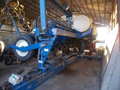 Planter For Sale 2013 Kinze 3660 16RN