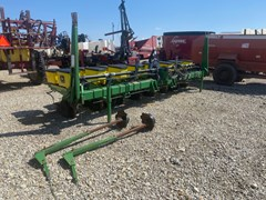 Planter For Sale 2001 John Deere 7200