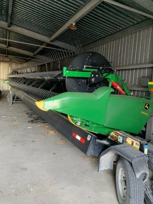 Header-Draper/Flex For Sale:  2017 John Deere 645FD