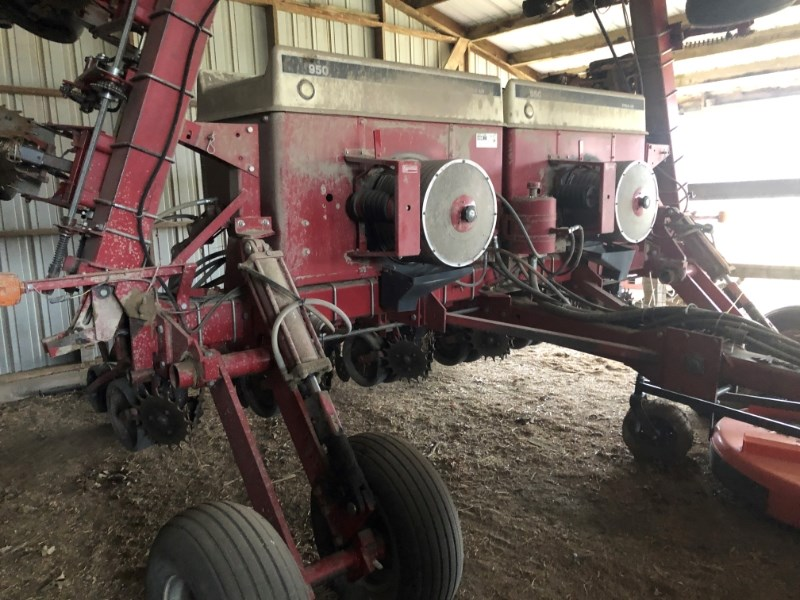 2000 Case IH 950 Planter For Sale