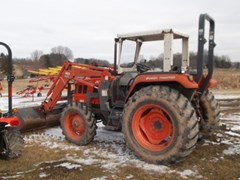 Tractor - 4WD For Sale 2002 Kioti DK65 , 65 HP