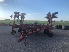 Plow-Chisel For Sale 1996 Sunflower 3040-28 Fallow-King Sweep