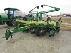 Planter For Sale 2003 John Deere 1760