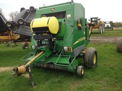Baler-Round For Sale 2004 John Deere 582 Silage Special