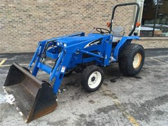 Tractor For Sale 2004 New Holland TC30 , 30 HP
