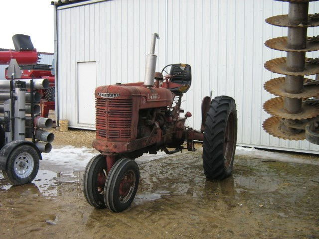 1947 IH M Tractor For Sale