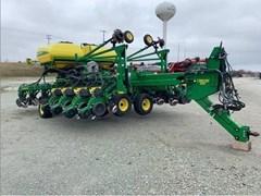 Planter For Sale 2015 John Deere DB44