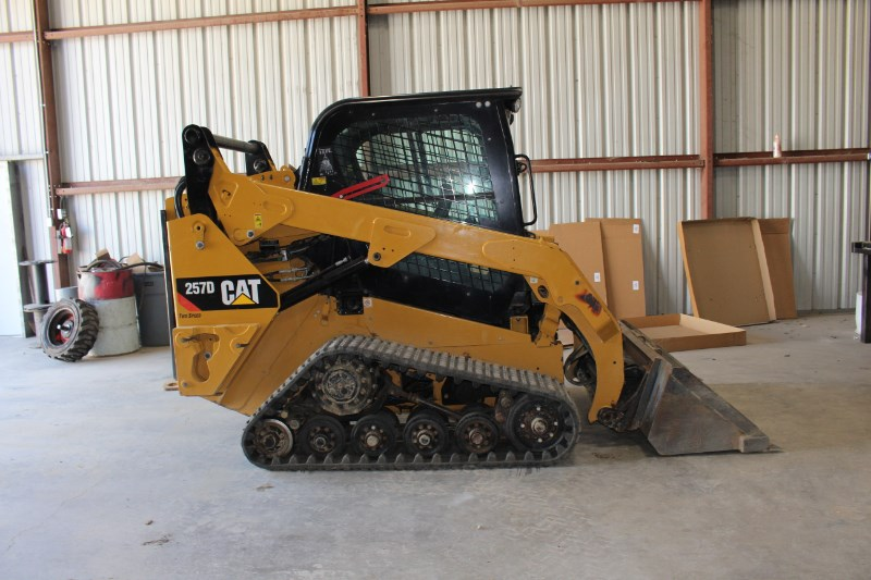 2014 Caterpillar 257B Tractor - Track For Sale