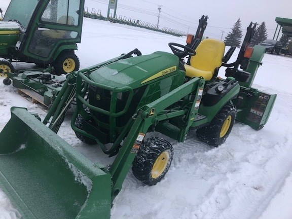 2016 John Deere 1025R Tractor - Compact Utility For Sale