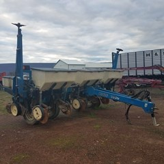 Planter For Sale 1998 Kinze 2000